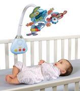 Infantino Peek-a-boo multifunkční kolotoč na postýlku